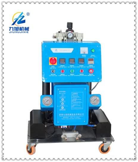 Q2600(D)型双组分聚氨酯喷涂机